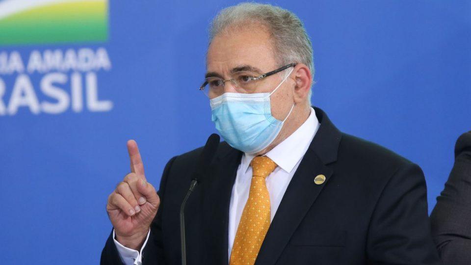 Ministro da Saúde anuncia compra de 100 milhões de doses de vacinas da Pfizer