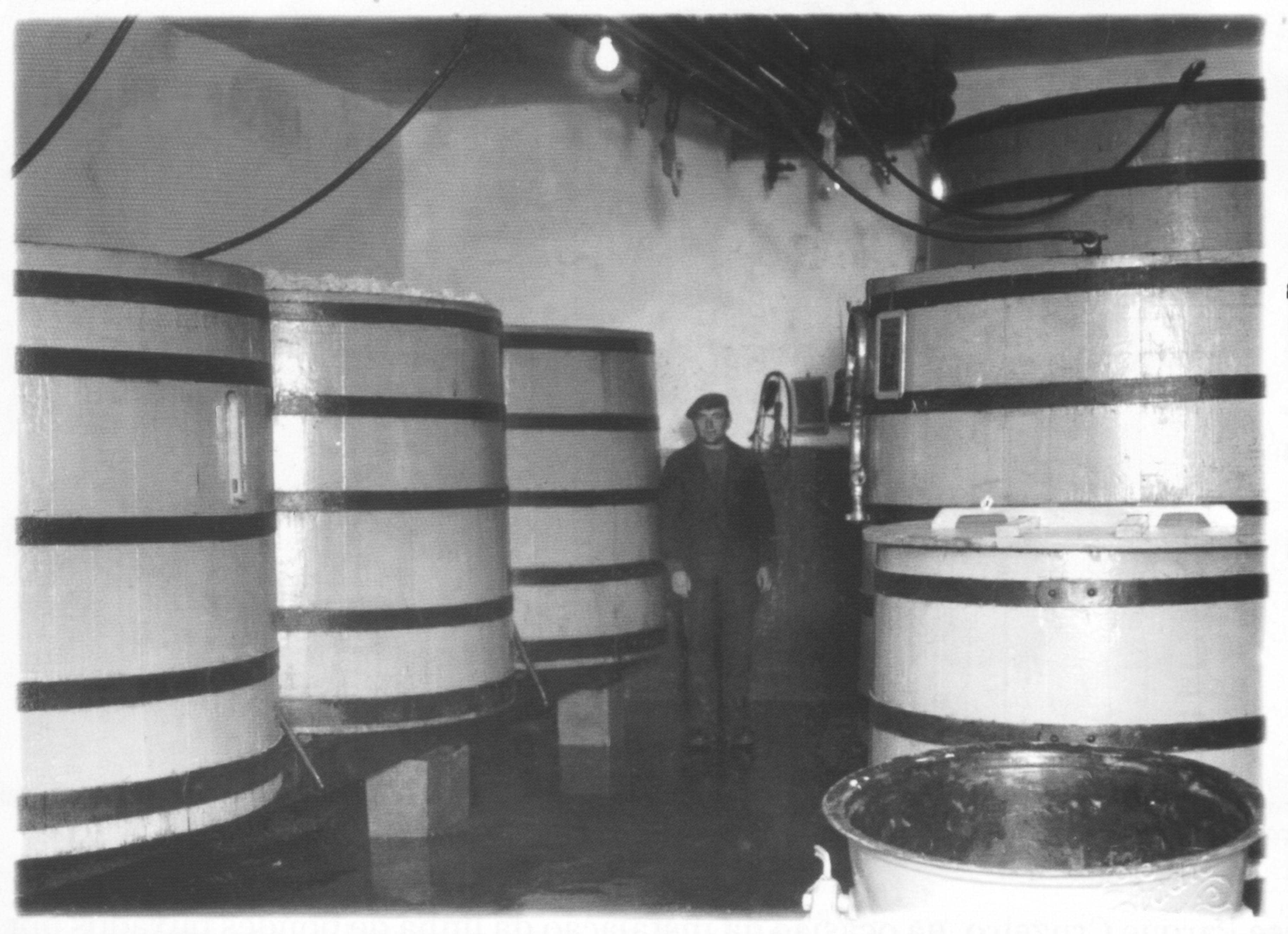A fábrica tinha a capacidade de produzir até 30 mil litros de cerveja por dia.