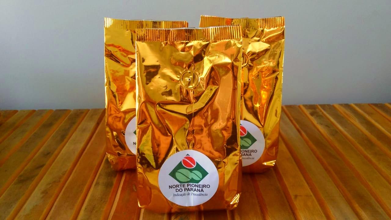 O selo de Indicação de Procedência atesta que o café é produzido no Norte Pioneiro. Foto: Reprodução/Facebook Coccenpp