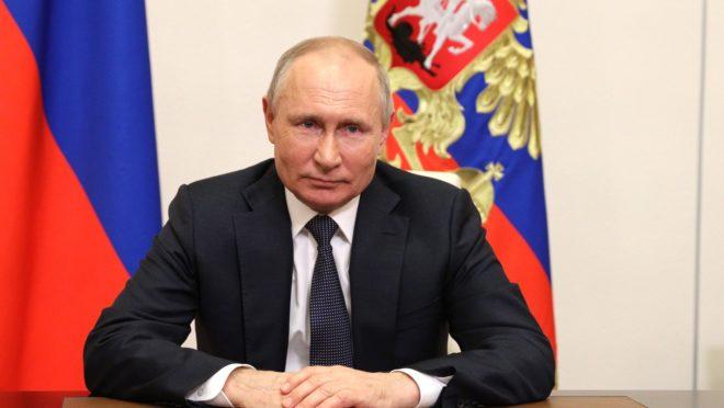 Durante um encontro realizado na cidade de Sochi, no Mar Negro, Putin elogiou a reaproximação com Belarus.