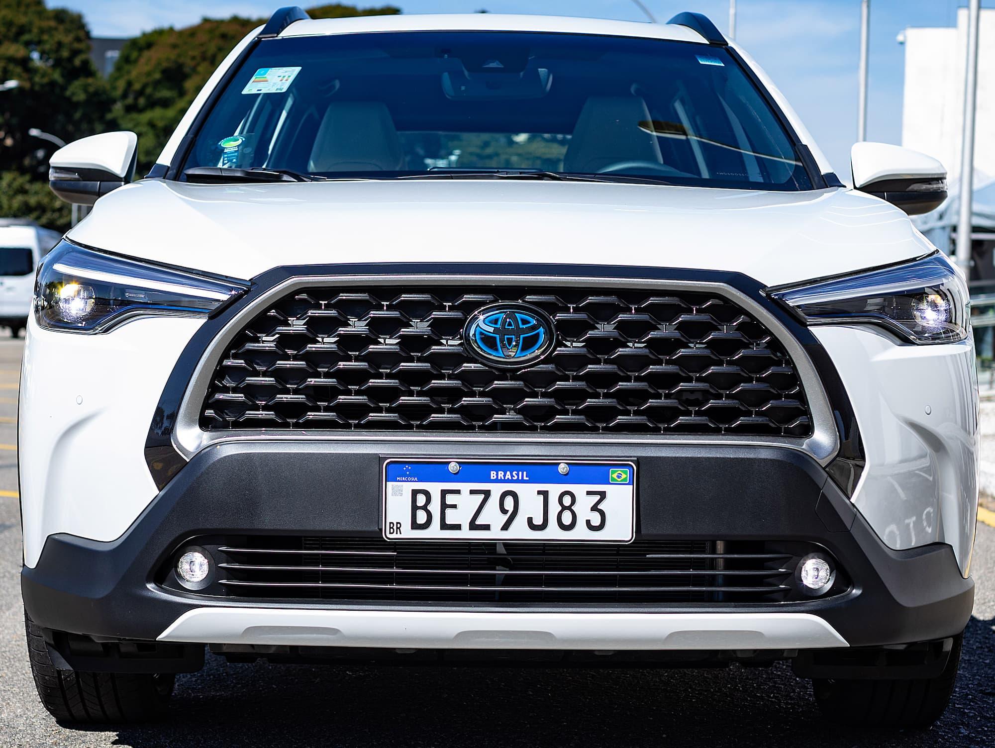 Avaliamos o Toyota Corolla Cross 1.8 híbrido  flex