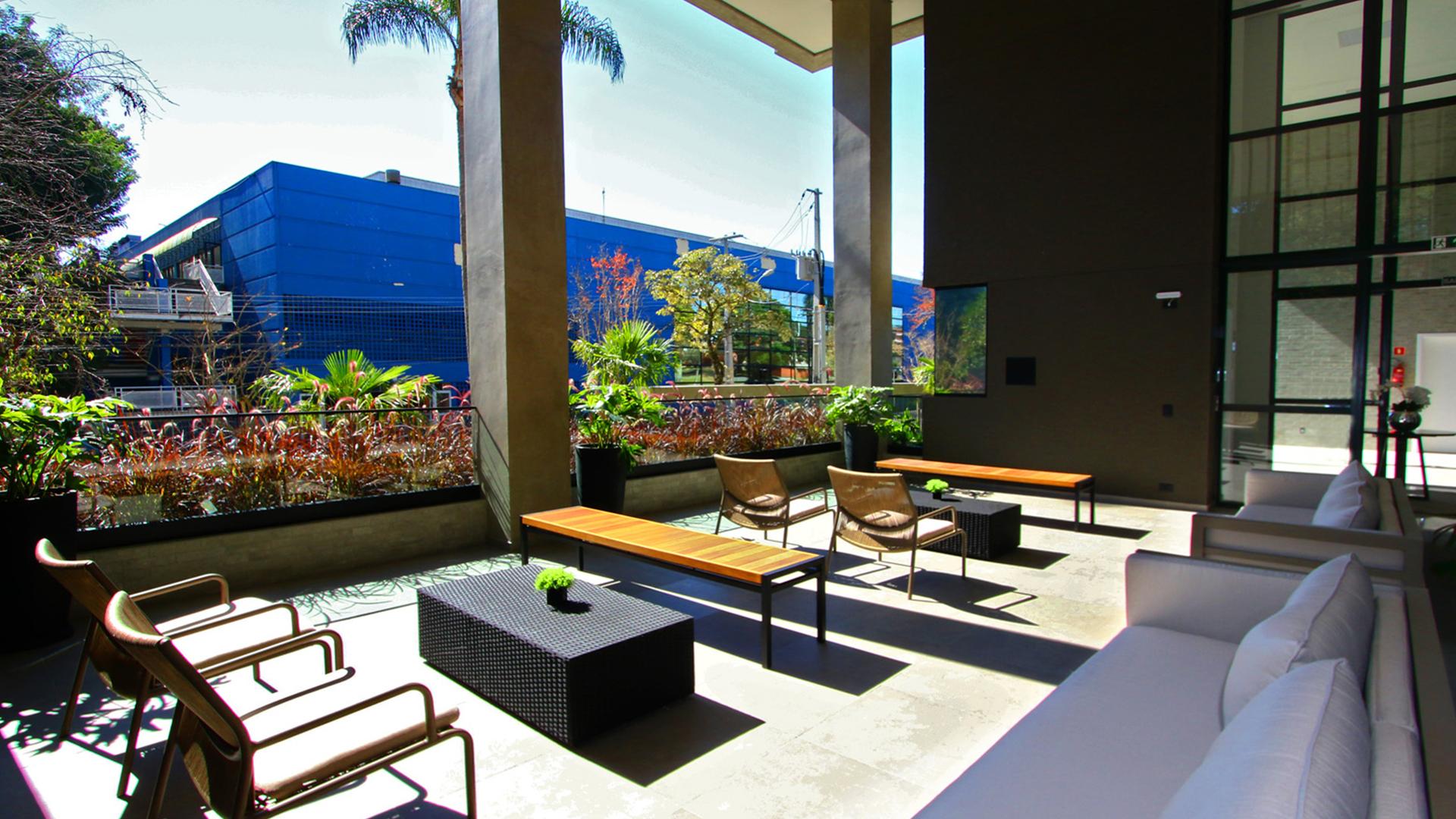 Espaço lounge do Riserva 35, empreendimento pronto para morar da Swell no Alto da XV, em Curitiba.