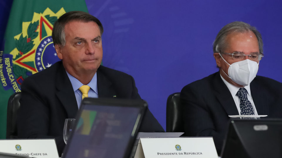 Bolsonaro paga caro por reformas ruins