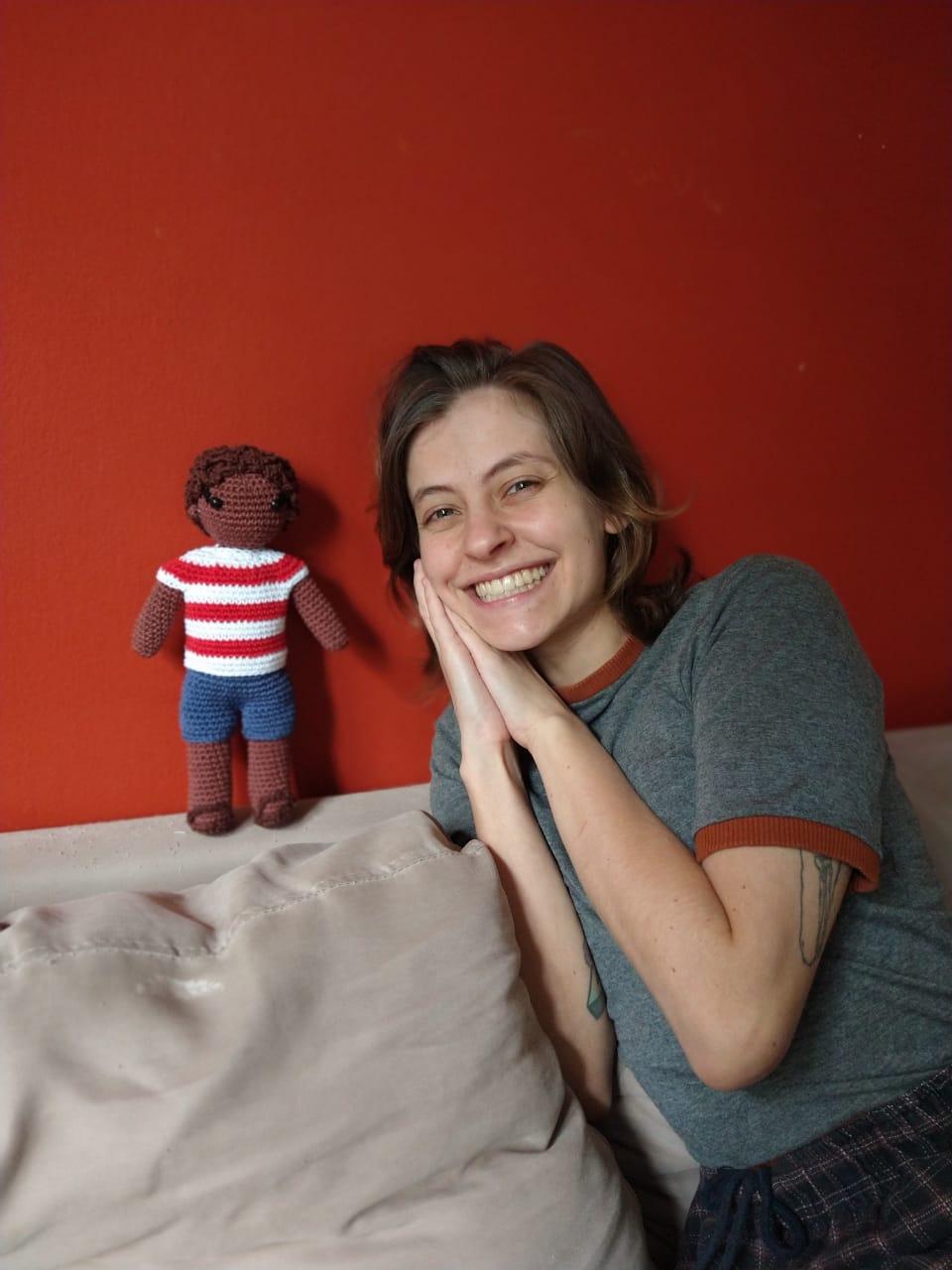 Aline Provensi é a psicóloga por trás do Tirinhas da Sara.