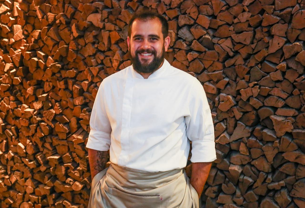 Especializado em cozinha francesa, o chef Rodrigo Tristão é quem está à frente do C La Vie.