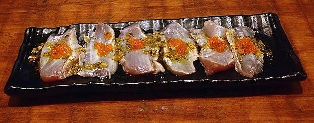 Atum maçaricado com molho de ostra, do Ken'Eki.