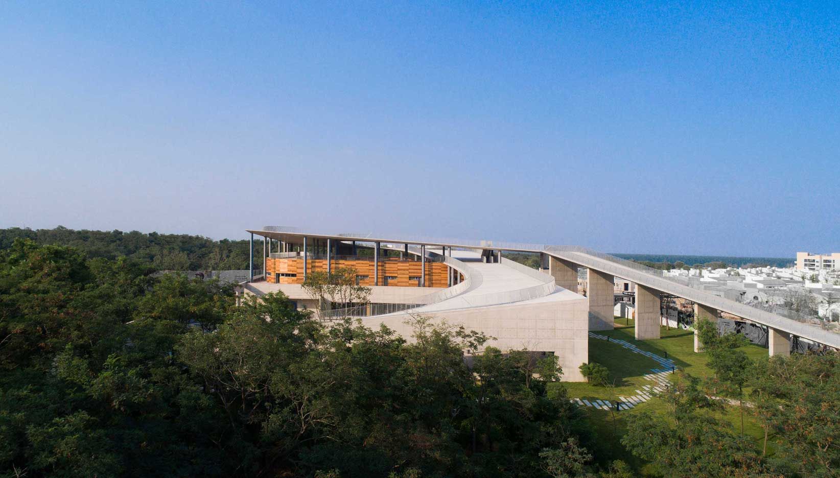 Aranya Qixing Youth Camp, projetado por Zhang Li.