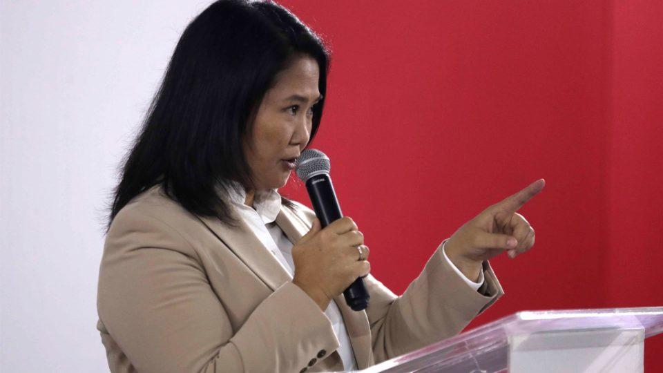 Keiko Fujimori, candidata à presidência do Peru pelo partido de direita Força Popular, anunciou que irá reconhecer o resultado da eleição presidencial, 19 de julho