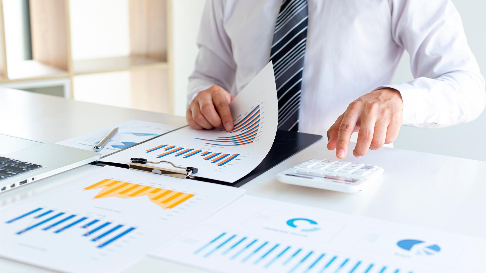 Conte com um contador qualificado para apresentar as melhores soluções para a sua empresa