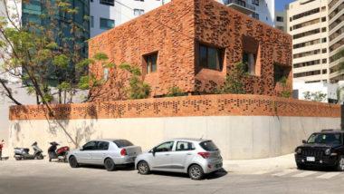 Arquitetos latino-americanos convidam a repensar a casa a partir da autoria, espaços e materiais