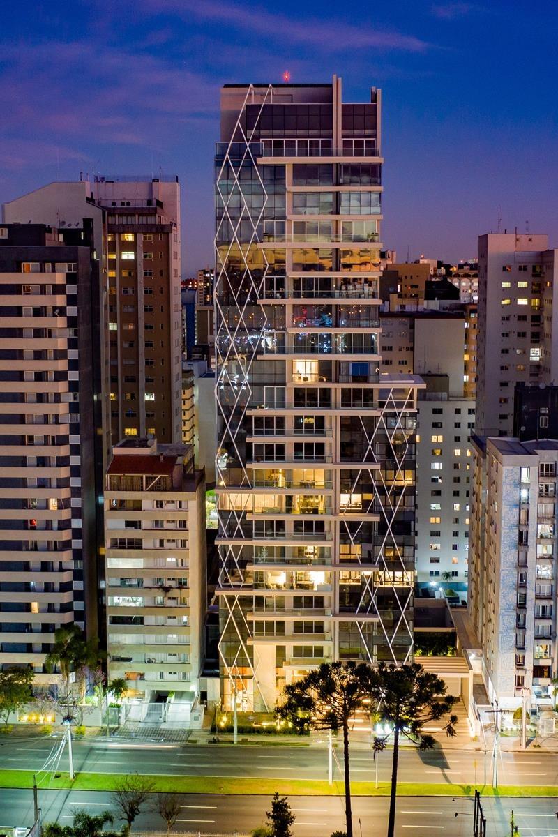 Llum, da Laguna, que fica no bairro do Batel, foi eleito o edifício mais sustentável do mundo.