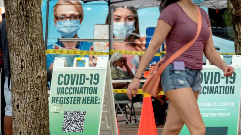 Posto de vacinação contra Covid-19 em Miami, Flórida (EUA), 10 de agosto