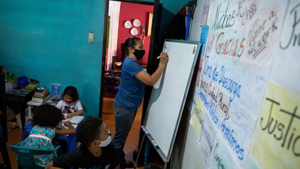 educação venezuela pandemia