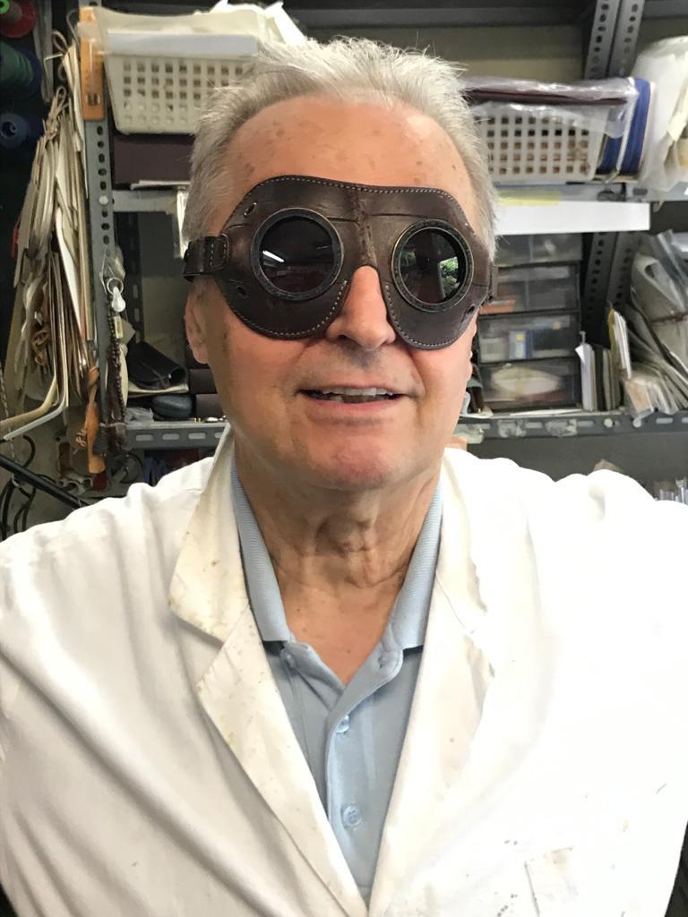 O artesão italiano Giuliano Girali já atuou na produção de bolsas para diversas marcas internacionais.