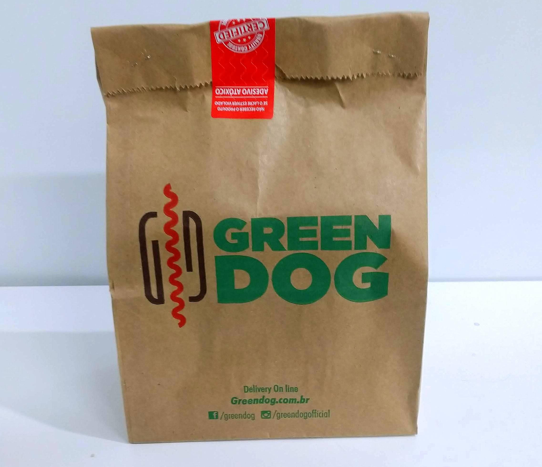 Delivery Green Dog diariamente, das 11h às 23h.