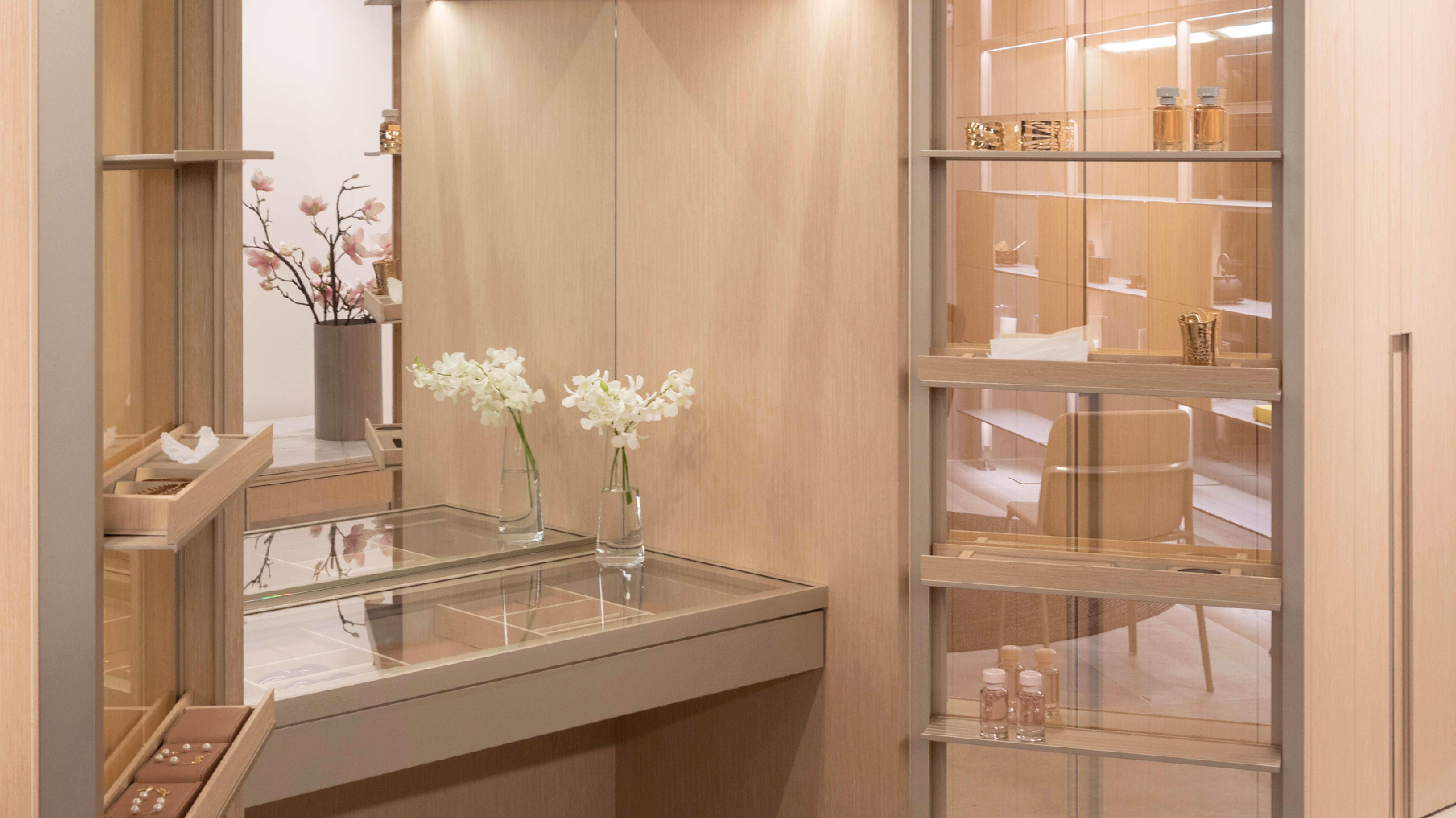 Little Luxury Office, por Ricardo Bello Dias.