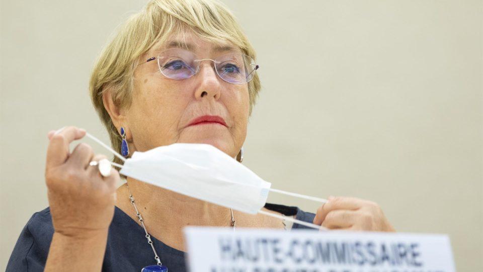 A alta comissária das Nações Unidas para os Direitos Humanos, durante discurso na Suíça