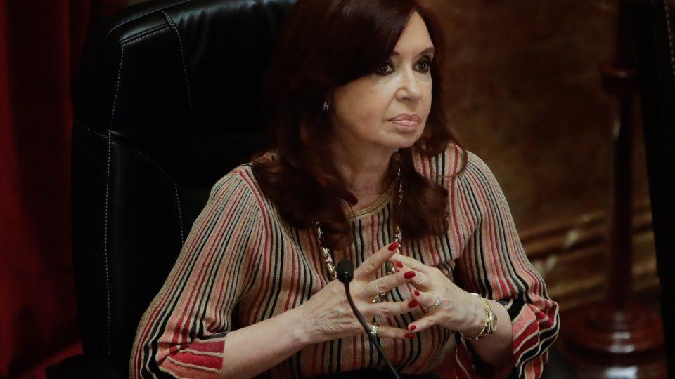 A vice-presidente da Argentina, Cristina Kirchner, escreveu uma carta em que pede mudanças no governo argentino
