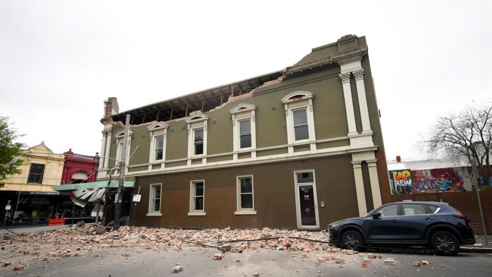 Prédio danificado pelos tremores: epicentro foi no estado de Victoria