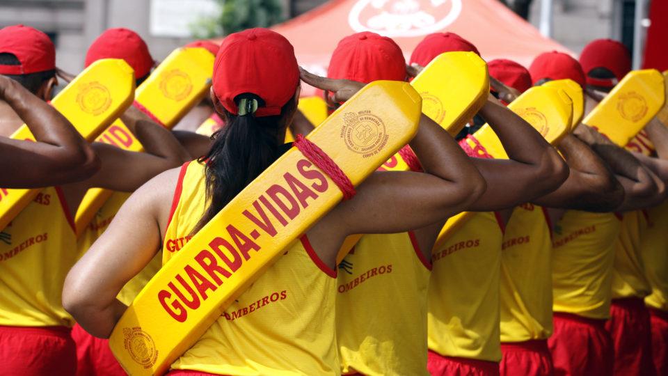 São Paulo abre seleção para 600 guarda-vidas
