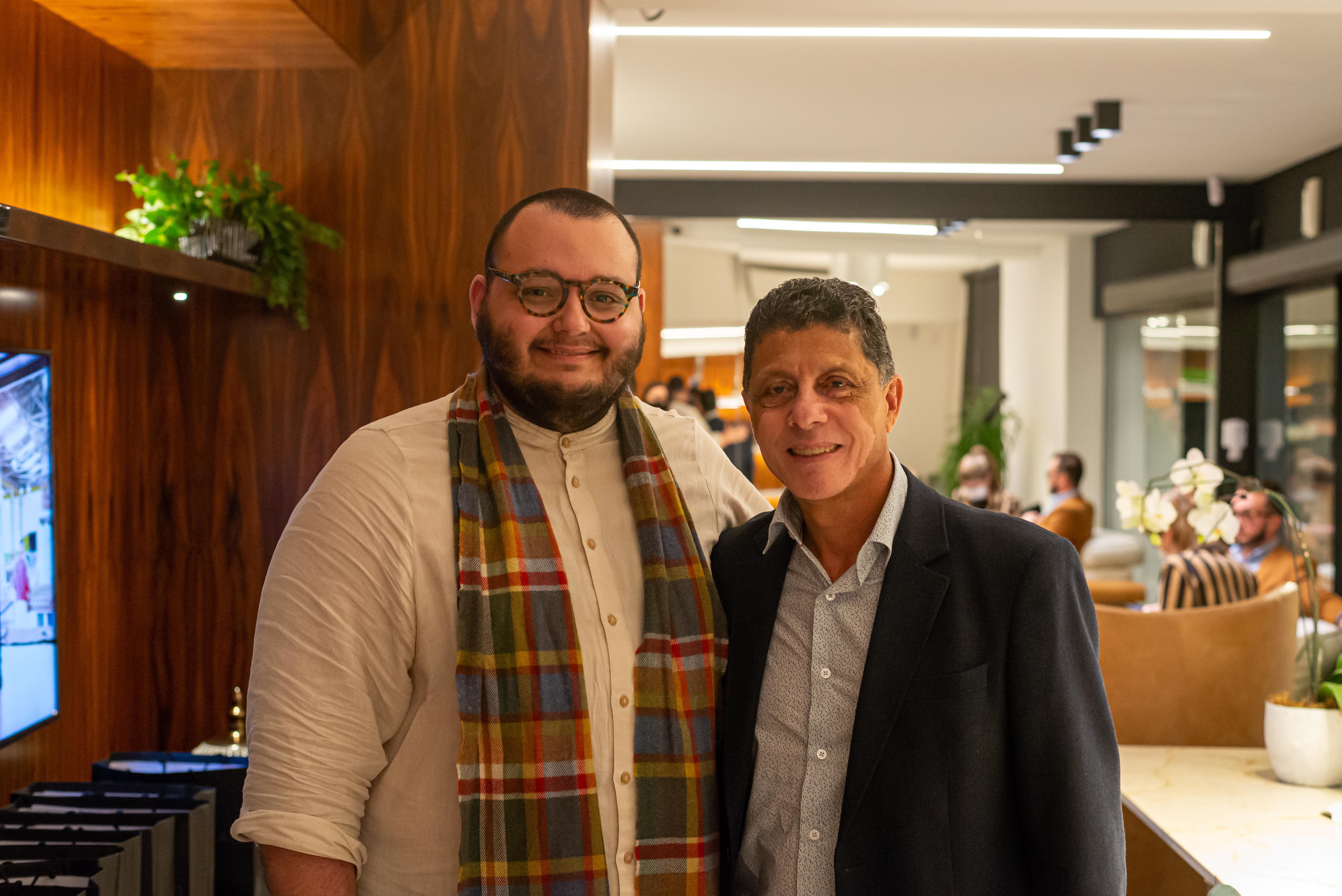O editor de HAUS, Luan Galani, e o presidente da Mobitec, Ivo Miranda.