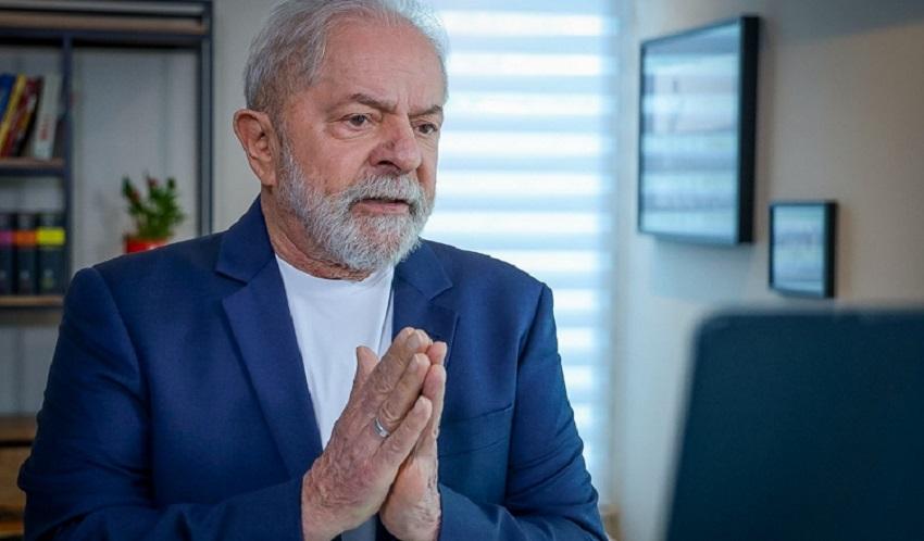 Lula vai negar que houve roubo na Petrobras durante governos do PT