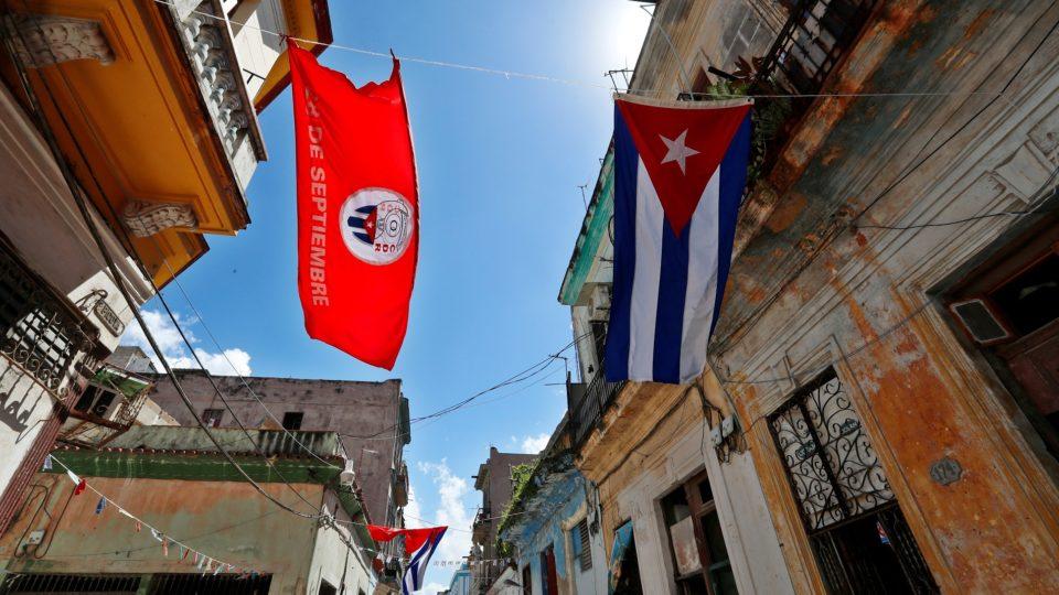 Rua em Havana, capital de Cuba