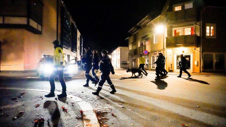 Ataques ocorreram na cidade de Kongsberg, a 80 km de Oslo