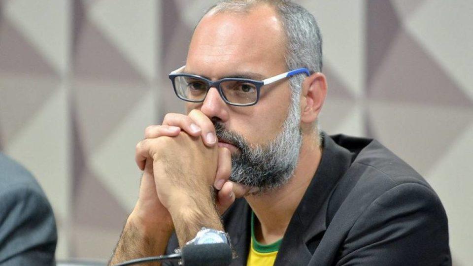 O que está em jogo no pedido de extradição de Allan dos Santos