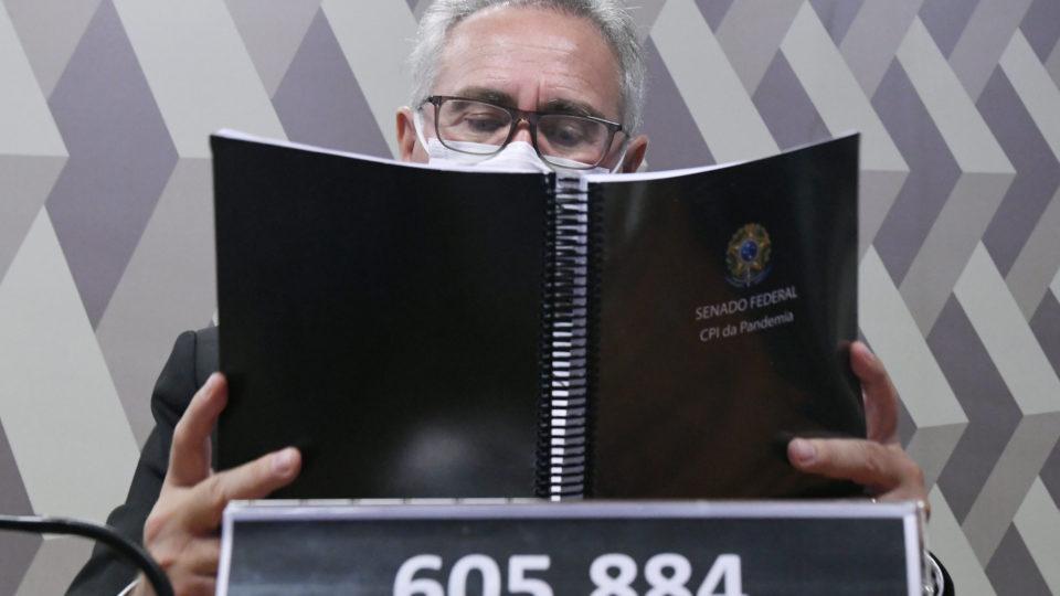 CPI da Covid aprova relatório de Renan Calheiros, com 80 indiciamentos, incluindo Bolsonaro