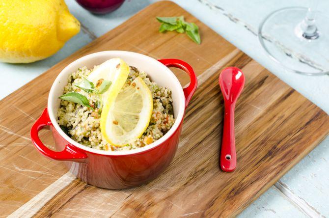 Couscous com cogumelos e legumes