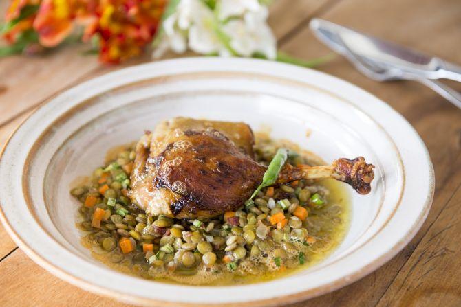 Pato com lentilha