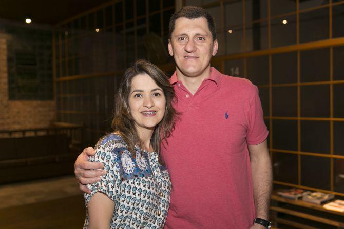 Jansen Balbinot e Diana Zarpellon da Bematech. Foto: Fabiane Sznicer/Divulgação