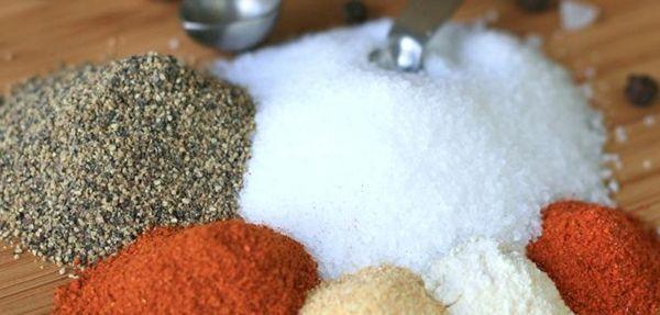 Dry Rub Americano: mistura usada para temperar carnes de boi e de porco. / Foto: divulgação.