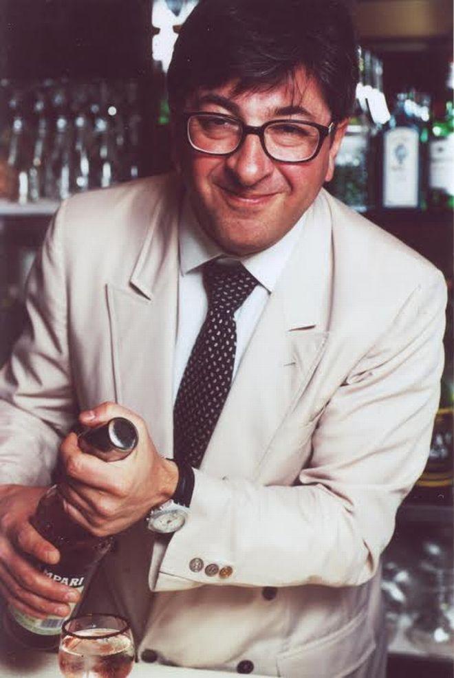 Mirko Stocchetto, barman que criou o Negroni Sbagliato em 1968. Foto: Divulgação.