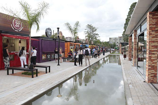 A Ca'dore tem capacidade para 600 pessoas sentadas, estacionamento para 73 carros e espaço kids. Foto: Albari Rosa/Gazeta do Povo.