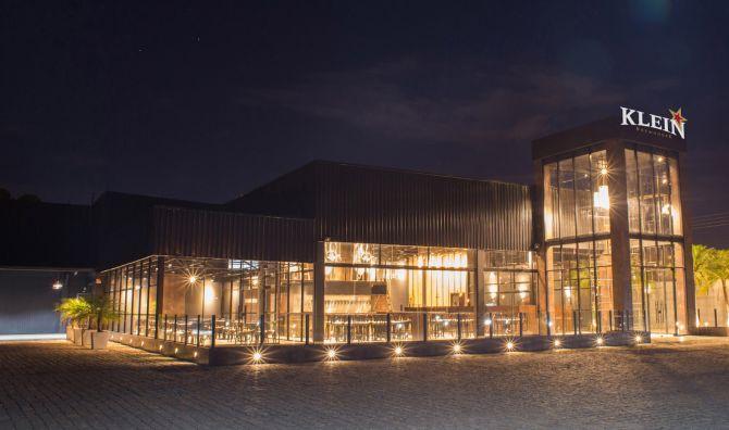 A Klein é uma Brewhouse, Steakhouse e Happy Hour, que abre de quarta à domingo. Foto: Divulgação.