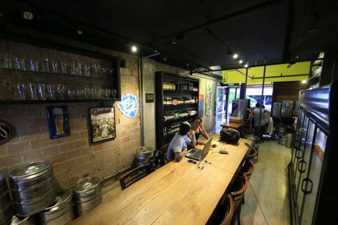 A Hot Bizi funciona dentro do Templo da Cerveja. Foto: Albari Rosa/Divulgação