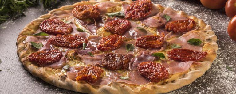 Fim de semana pede uma boa pizza. Veja onde tem opções a R$ 39,90 e R$ 49,90
