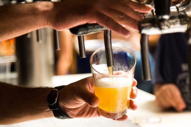 O Espaço Carmela disponibiliza 11 opções de chope para o open bar. Foto: Divulgação.