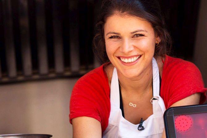 Gabrielle Mahamud, do blog Flor de Sal, lança livro com 60 receitas veganas e sem glúten. Foto: Divulgação