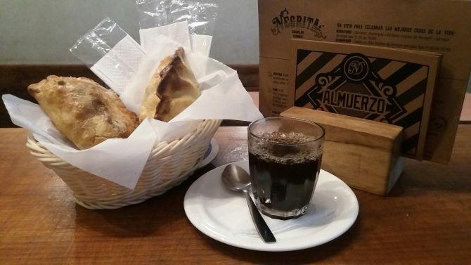 As empanadas do Negrita têm cerca de 300g cada. Foto: Divulgação.