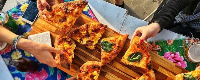 6 lugares para comer pizza em pedaços em Curitiba