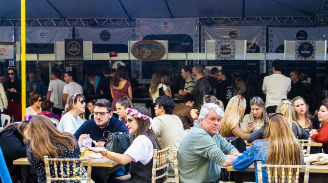 Oktoberfest Curitiba em 2016. Foto: Anelise Debona.
