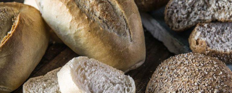 29 padarias de Curitiba e RM vendem pão sem imposto nesta segunda (16)