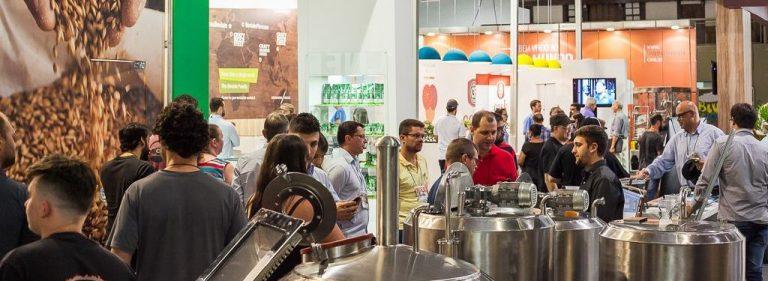 Cervejas ácidas e com frutas: maior evento brasileiro apresenta as tendências da bebida