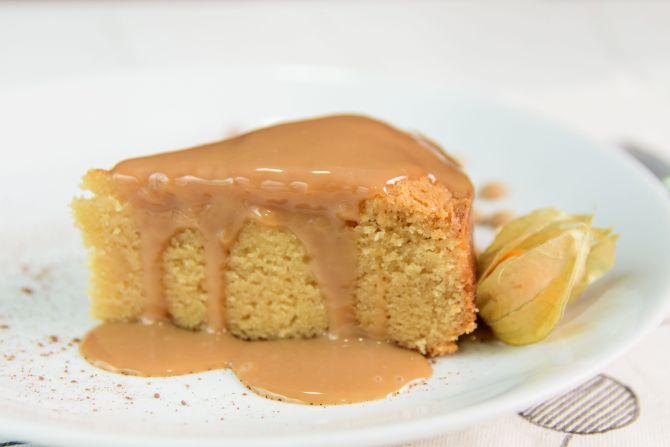 Moelleux au caramel, bolo de chocolate caramelado com ganache de caramelo. Foto: Divulgação
