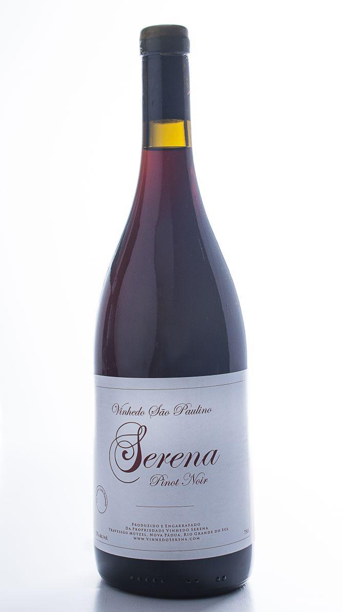 foto de garrafas de vinhos para ser degustadas no restaurante do Vitor - Curitiba - 19/05/2018