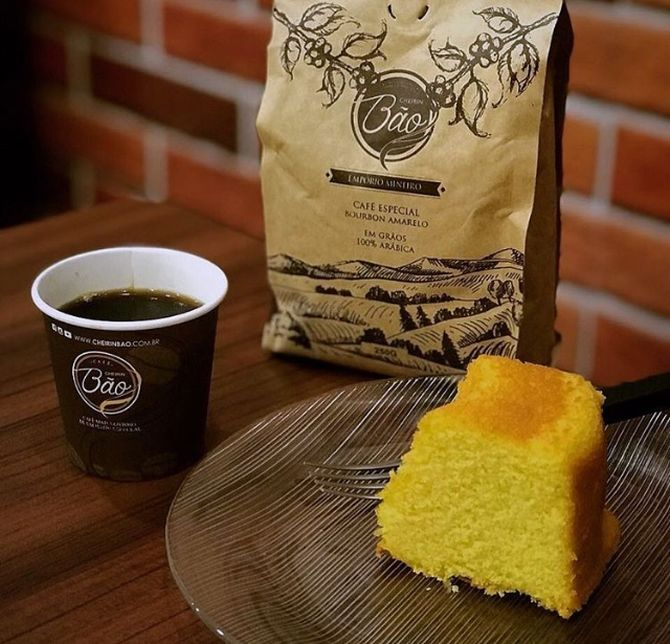 Bolos simples e café passado na hora: franquia mineira resgata a simplicidade na gastronomia. Foto: Divulgação
