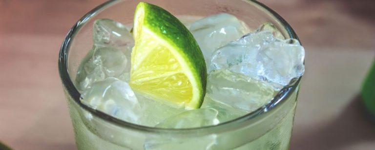 SP ganha bar de drinks com destilados e ingredientes orgânicos
